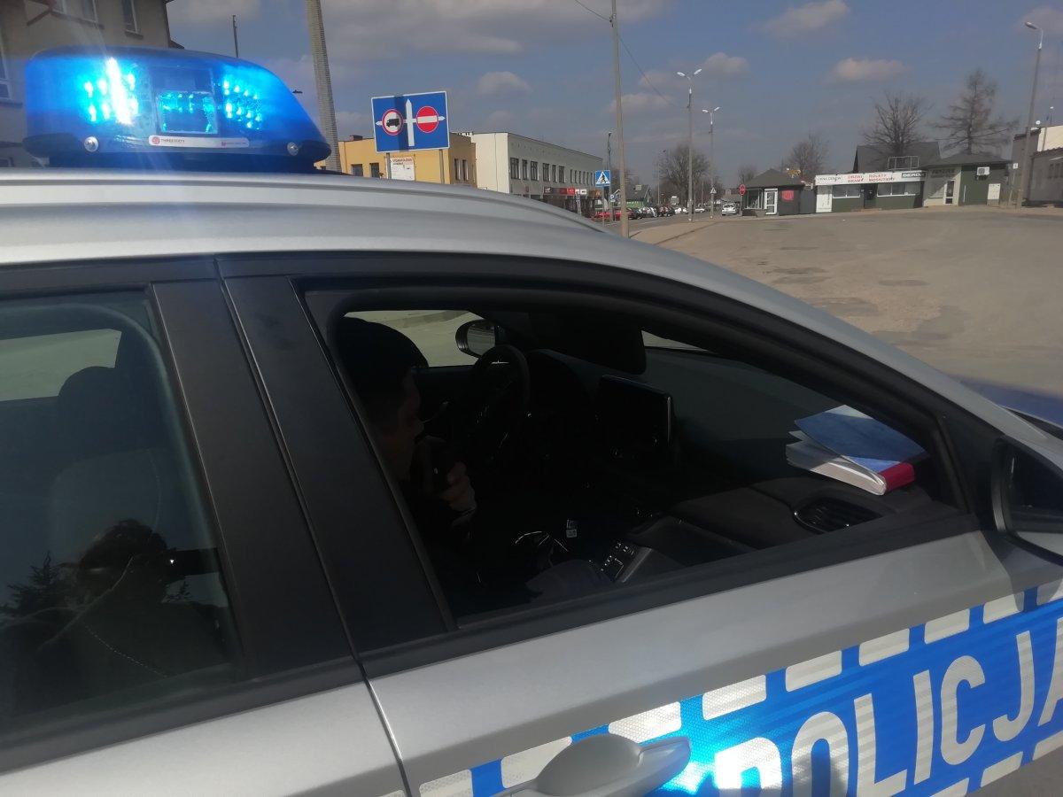 Kolbuszowscy policjanci kontrolują sklepy, restauracje i siłownie - Zdjęcie główne