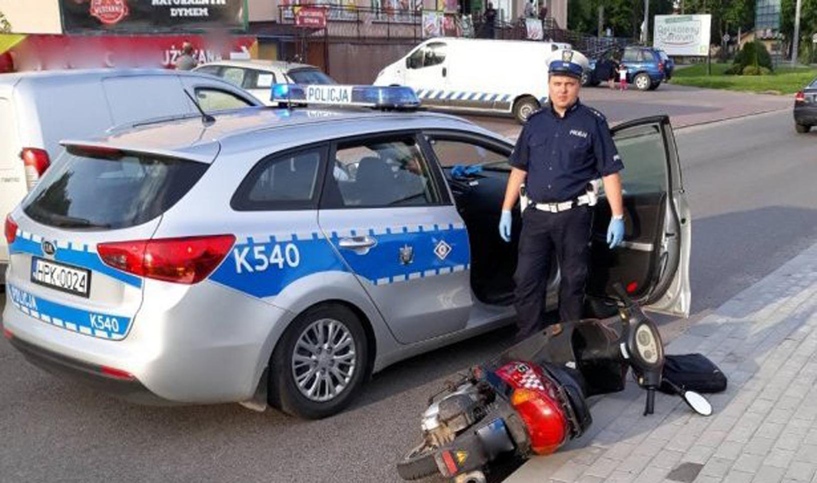 POWIAT KOLBUSZOWSKI. Grożąc śrubokrętem ukradł motorower. Policyjny pościg za obywatelem Danii - Zdjęcie główne