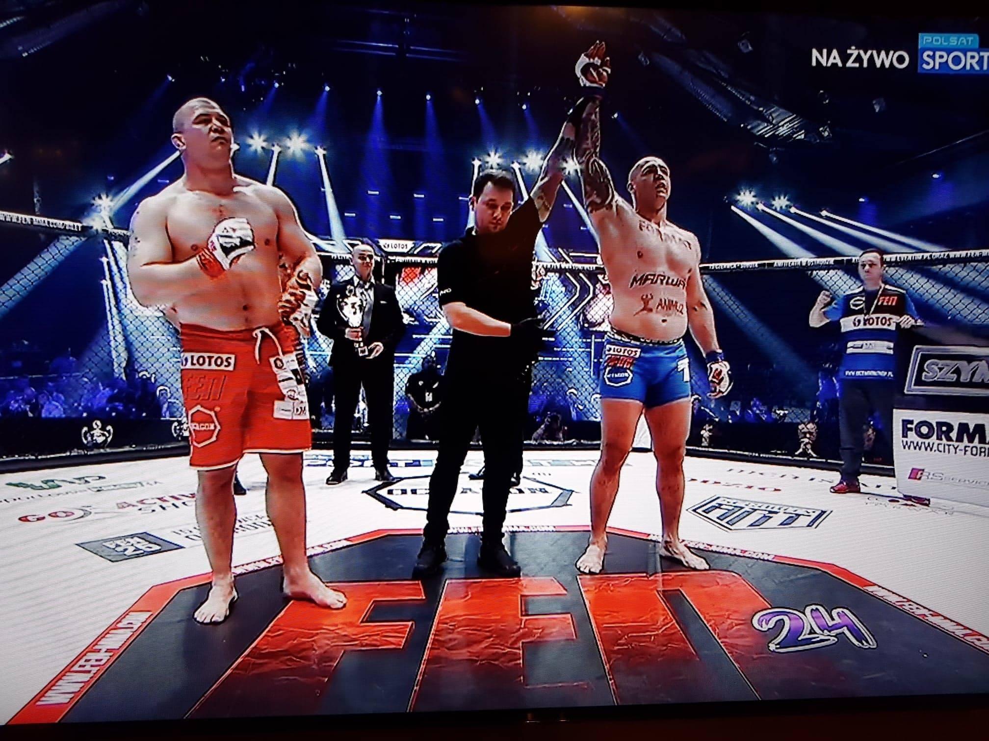 Szymon Bajor zwycięzcą pojedynku na gali FEN 24 w Warszawie - Zdjęcie główne