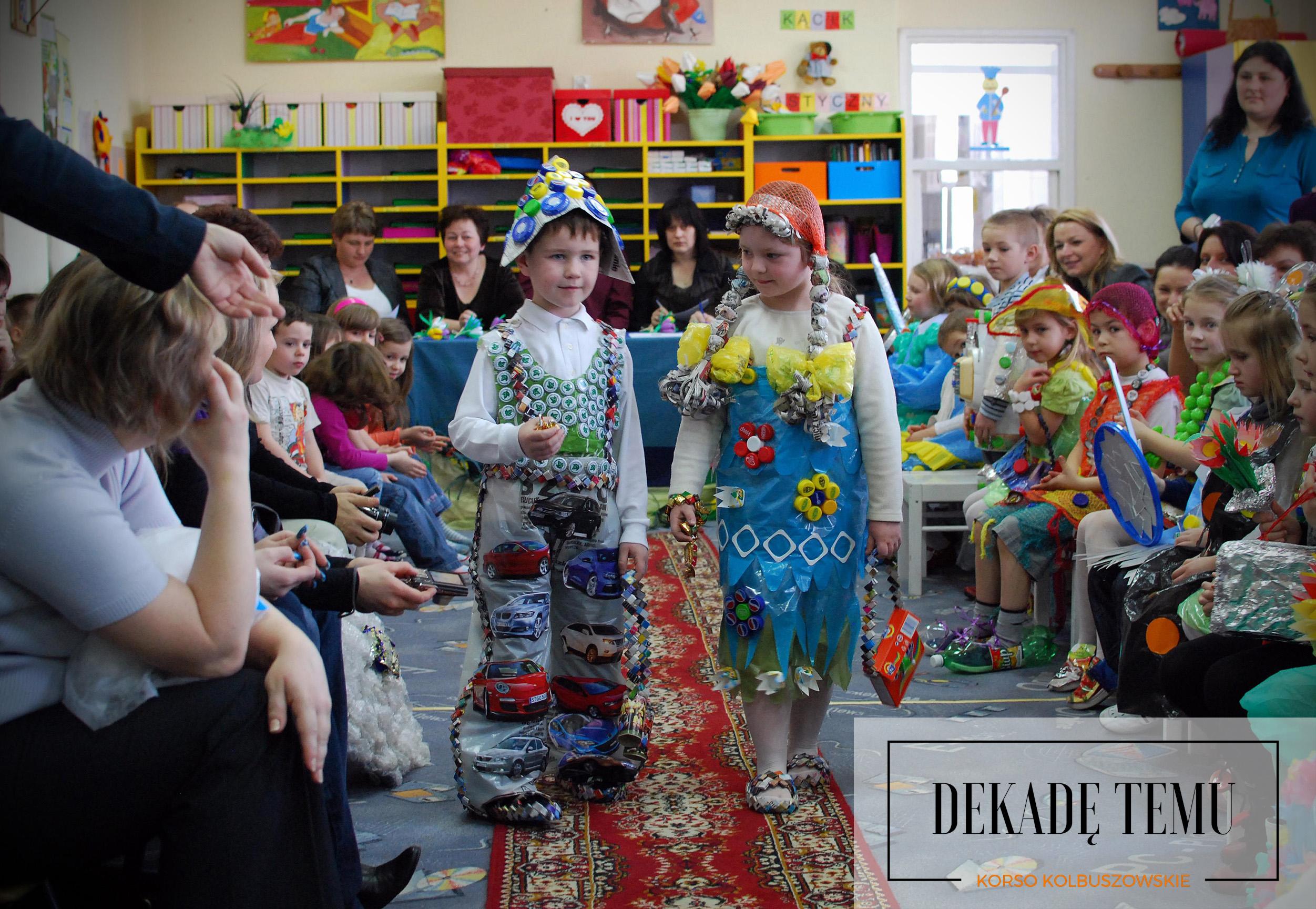 DEKADĘ TEMU. Ekologiczny pokaz mody w przedszkolu [FOTO] - Zdjęcie główne