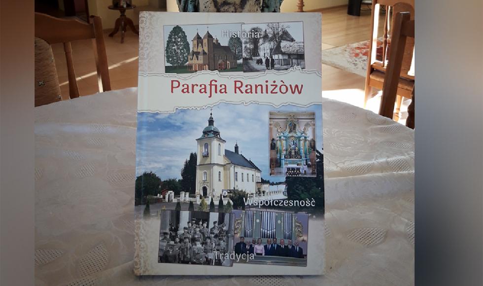 Powstała książka o Parafii Raniżów  - Zdjęcie główne