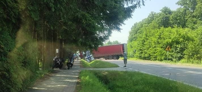 Droga relacji Kolbuszowa-Mielec całkowicie zablokowana [MAPA] - Zdjęcie główne