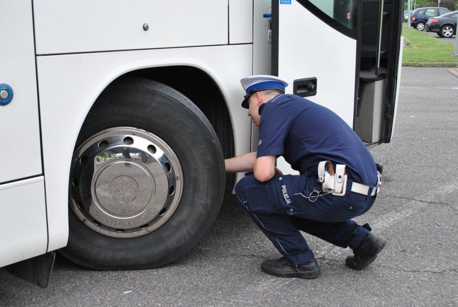 Kontrole autobusów i busów w całym województwie  - Zdjęcie główne