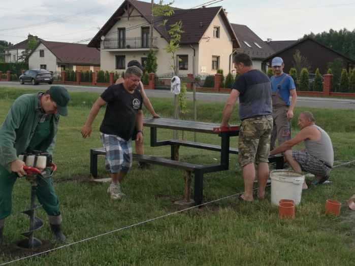 Gmina Niwiska. Mieszkańcy Trześni realizują fundusz sołecki  [ZDJĘCIA] - Zdjęcie główne