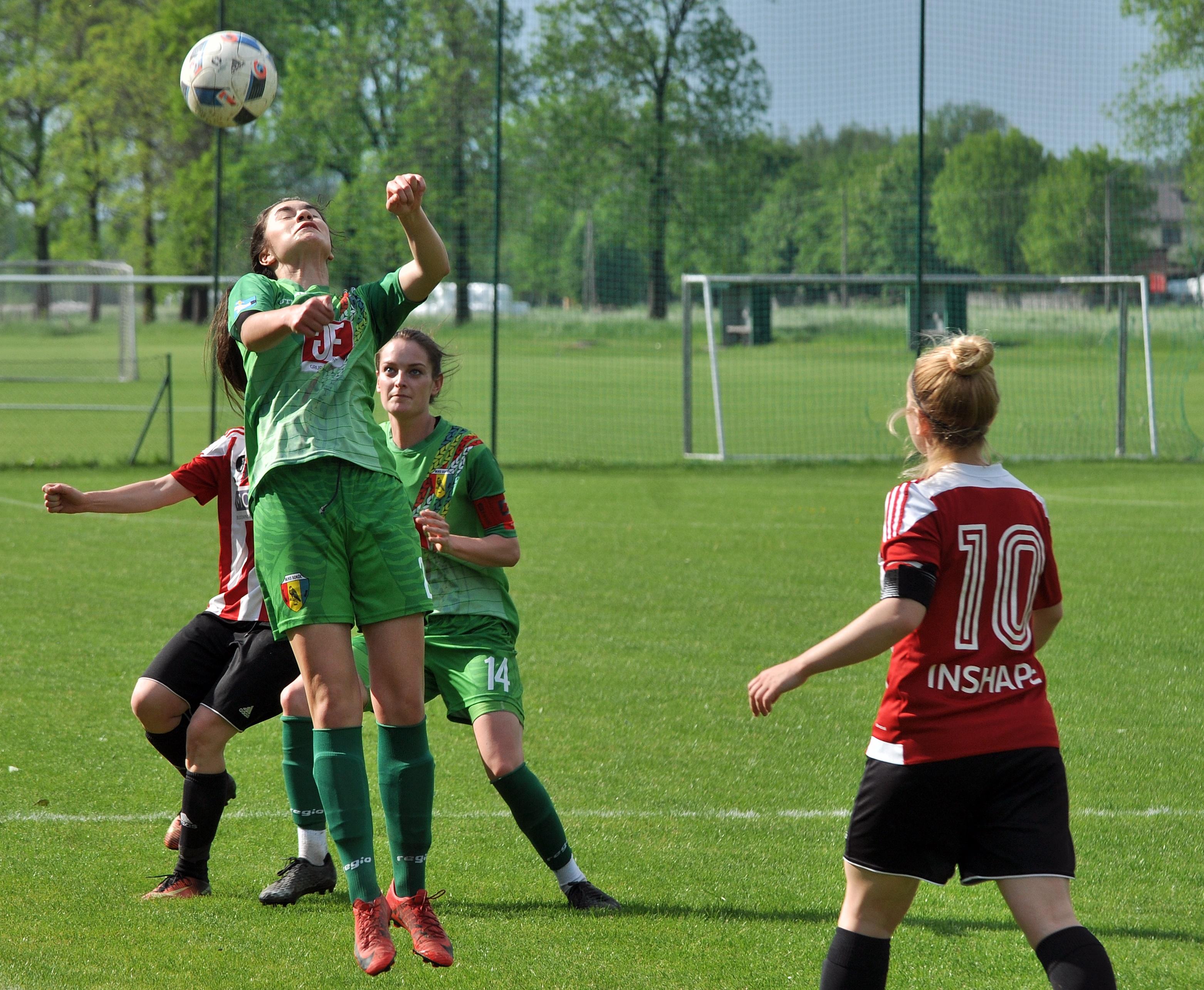 Piłkarki Sokoła Kolbuszowa Dolna przegrały w miniony weekend czwarte spotkanie z rzędu - Zdjęcie główne