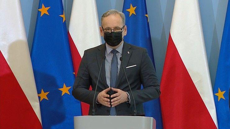"""Podkarpacie: """"Jesteście zbrodniarzami""""! Antyszczepionkowcy pożegnali ministra zdrowia w Jeżowem - Zdjęcie główne"""