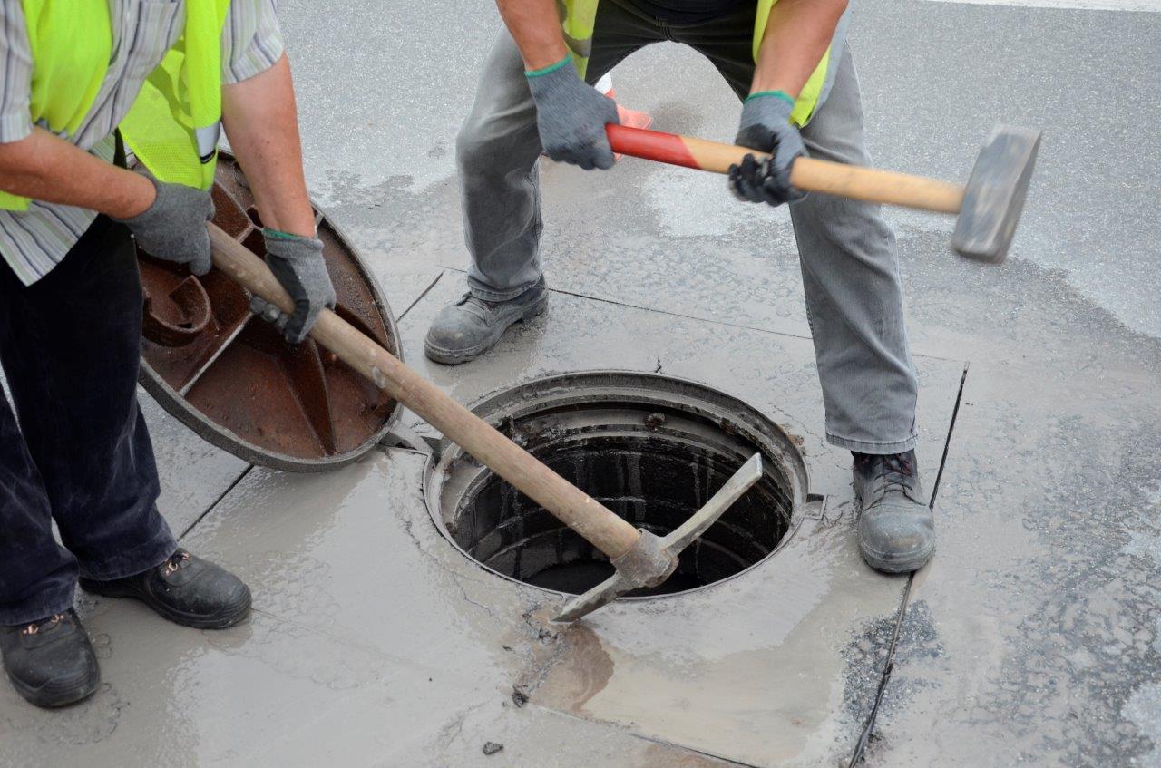 Czytelnik interweniuje w sprawie studzienek kanalizacyjnych - Zdjęcie główne