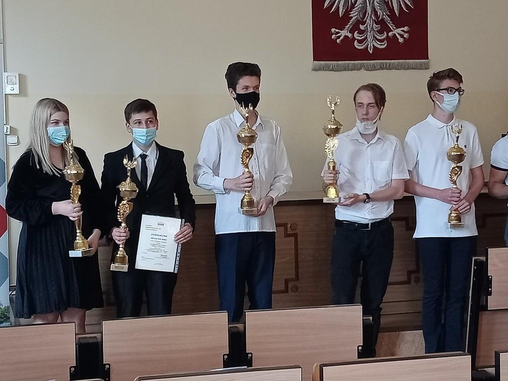 Wielki sukces Mateusza Bańki z kolbuszowskiego LO  - Zdjęcie główne