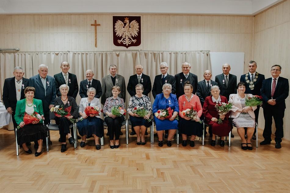 Medale dla małżeństw z gminy Raniżów. Są razem ponad 50 lat! [ZDJĘCIA - LISTA NAZWISK] - Zdjęcie główne