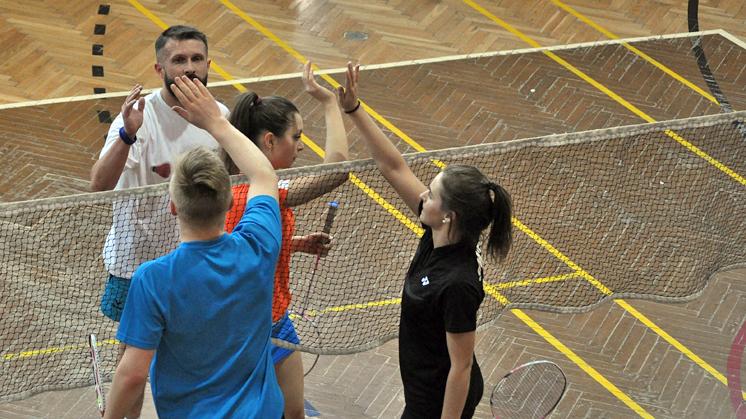 Piotrek Surowiec musiał zrezygnować z badmintona - Zdjęcie główne