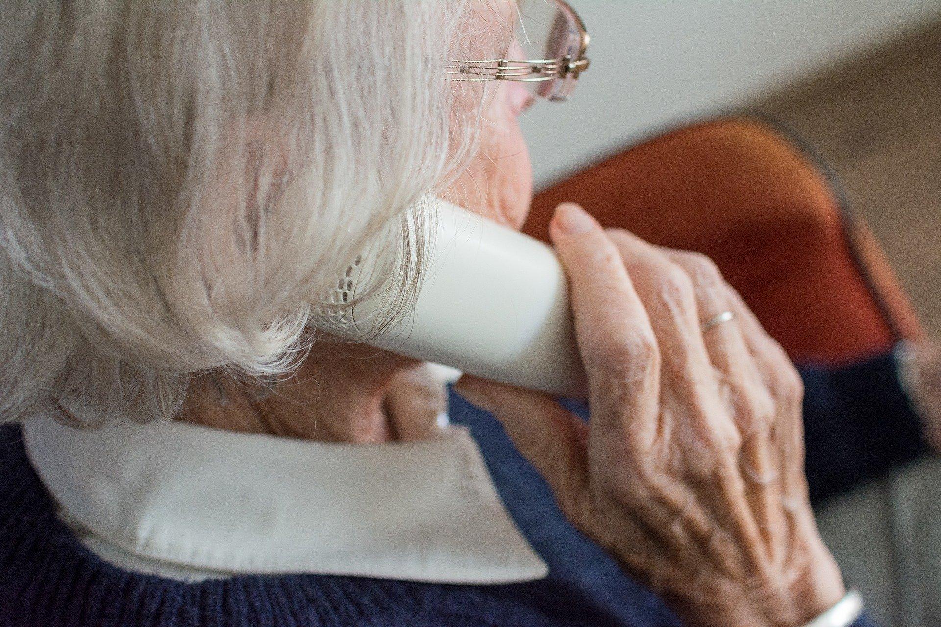 Podkarpacie. Seniorka straciła oszczędności. Oszukał ją fałszywy prokurator  - Zdjęcie główne