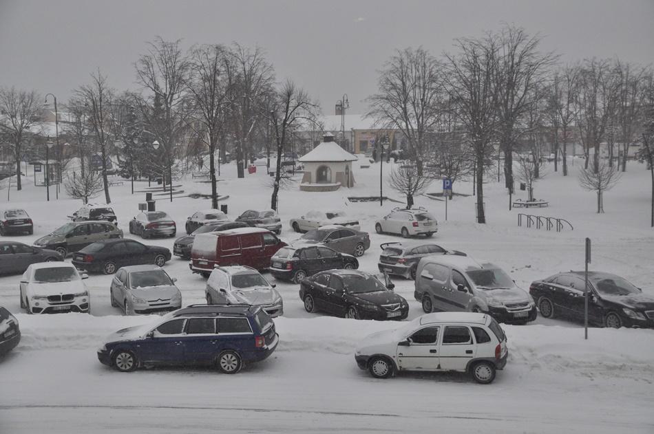 Zimowy czwartek na kolbuszowskim rynku [ZDJĘCIA, WIDEO] - Zdjęcie główne