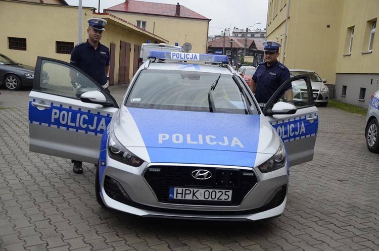 Dzień z życia kolbuszowskiego policjanta [FOTO] - Zdjęcie główne