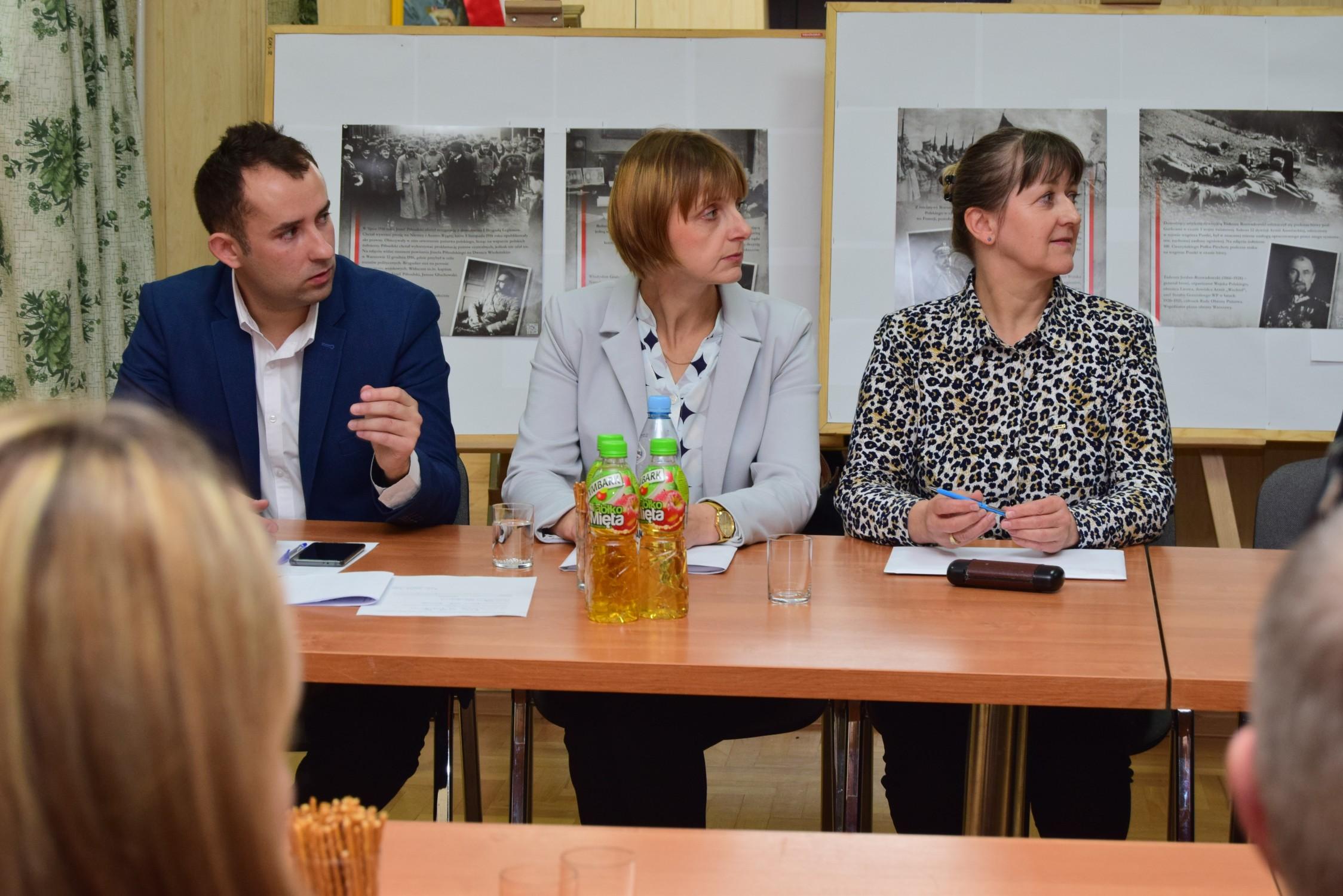 Gmina Raniżów. Radni nowej kadencji mają za sobą pierwszą sesję. Poznajcie nowe twarze [ZDJĘCIA] - Zdjęcie główne