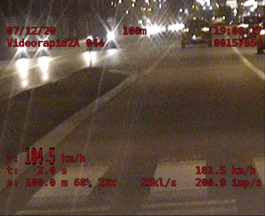 Z regionu. 20-latek pędził z prędkością 184 km/h - Zdjęcie główne
