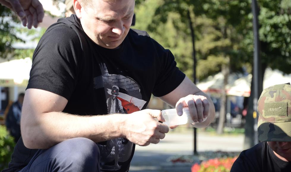 Godzina W. Zapal znicz na kolbuszowskim rynku. Oddaj cześć poległym - Zdjęcie główne