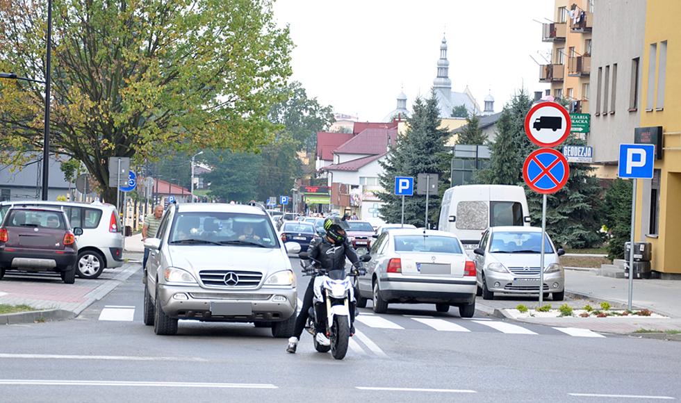 Ruch dwukierunkowy znów na ul. 11 Listopada w Kolbuszowej  - Zdjęcie główne