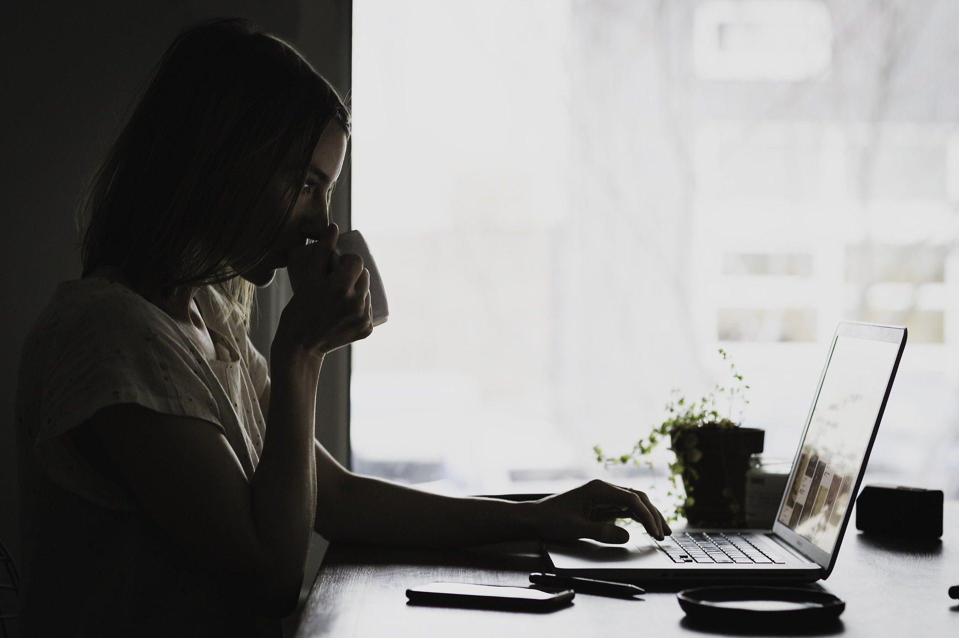 Kobiety wciąż zarabiają mniej. Dane z Podkarpacia i powiatu kolbuszowskiego - Zdjęcie główne