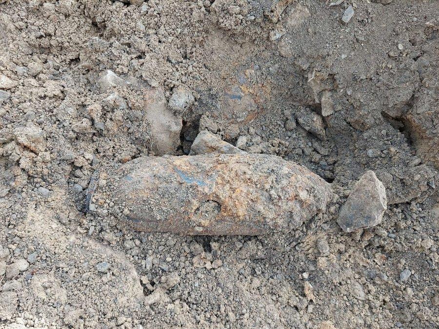 Podkarpacie: Olbrzymie radzieckie niewybuchy znalezione na placu budowy - Zdjęcie główne