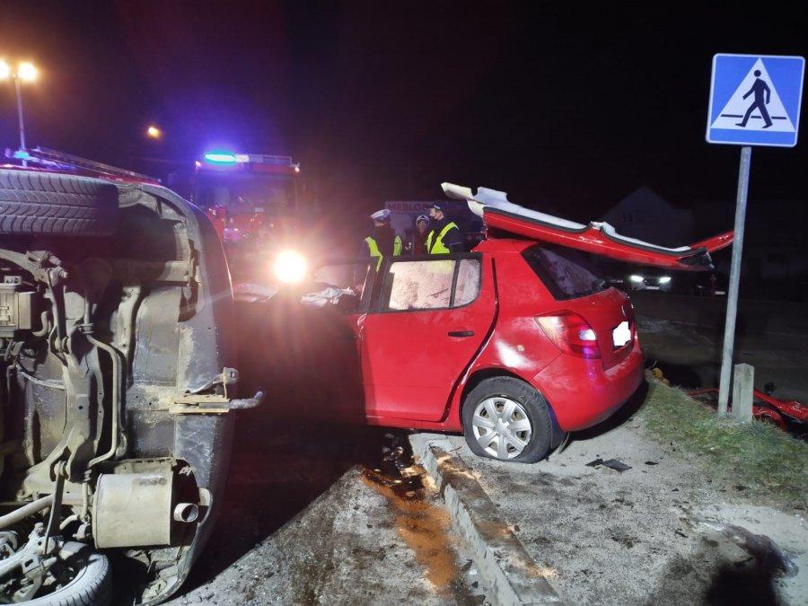 Podkarpacie. Tragedia na drodze. Nie żyją dwie osoby [FOTO] - Zdjęcie główne