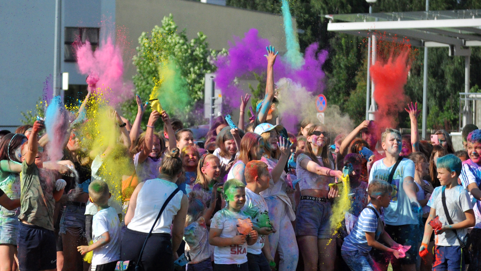 Święto Kolorów zawitało do Kolbuszowej [WIDEO - ZDJĘCIA] - Zdjęcie główne