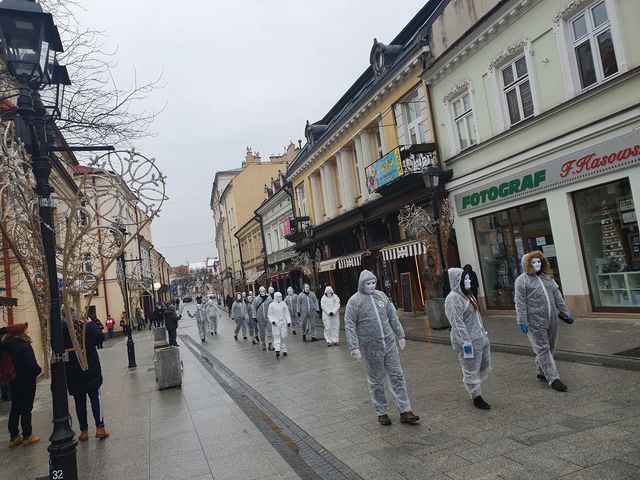 Ulicami Rzeszowa przeszedł Marsz Niewolników [FOTO] - Zdjęcie główne