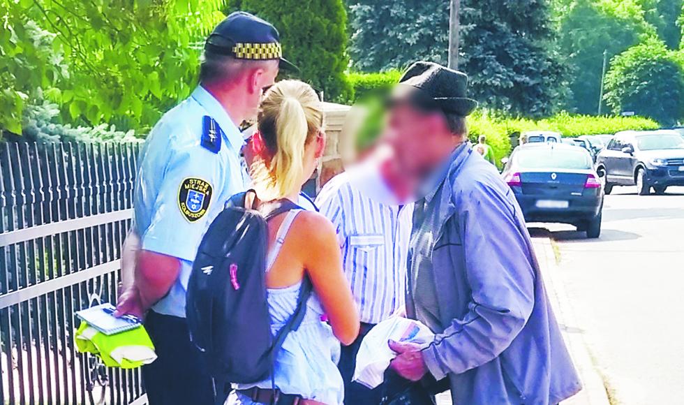 Radny Grzegorz Partyka prosi burmistrza o dyżury straży miejskiej na targowisku w Kolbuszowej  - Zdjęcie główne