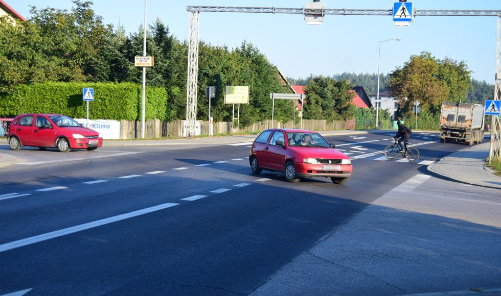 Trwa dyskusja na temat budowy ronda na drodze nr 9 w Cmolasie  - Zdjęcie główne