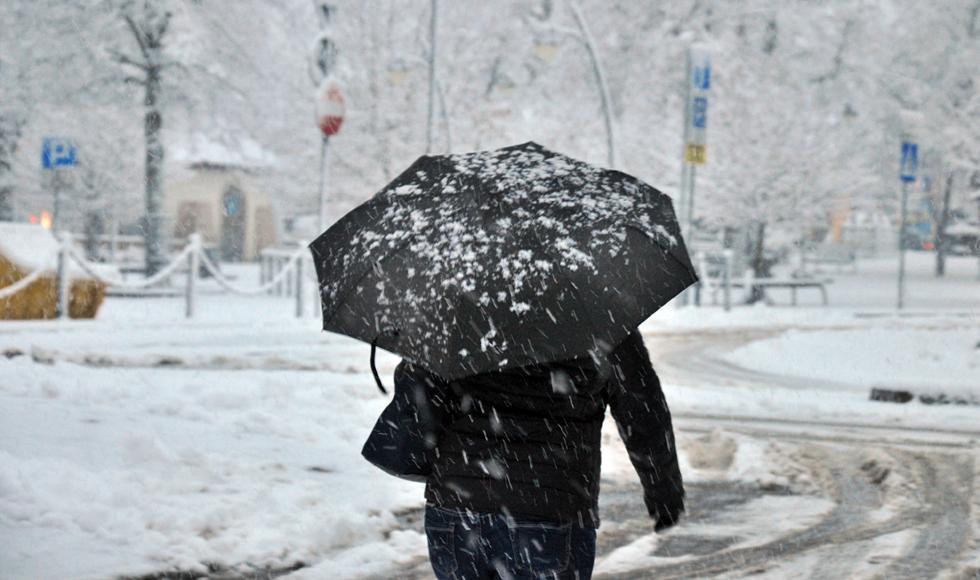 W kwietniu wróci do nas zima. Ile śniegu spadnie? - Zdjęcie główne