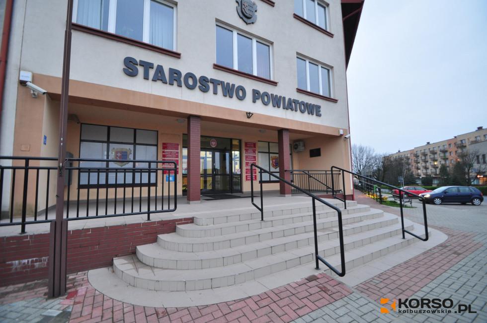 Sesja w starostwie. Czym zajmą się radni z powiatu kolbuszowskiego? [VIDEO] - Zdjęcie główne
