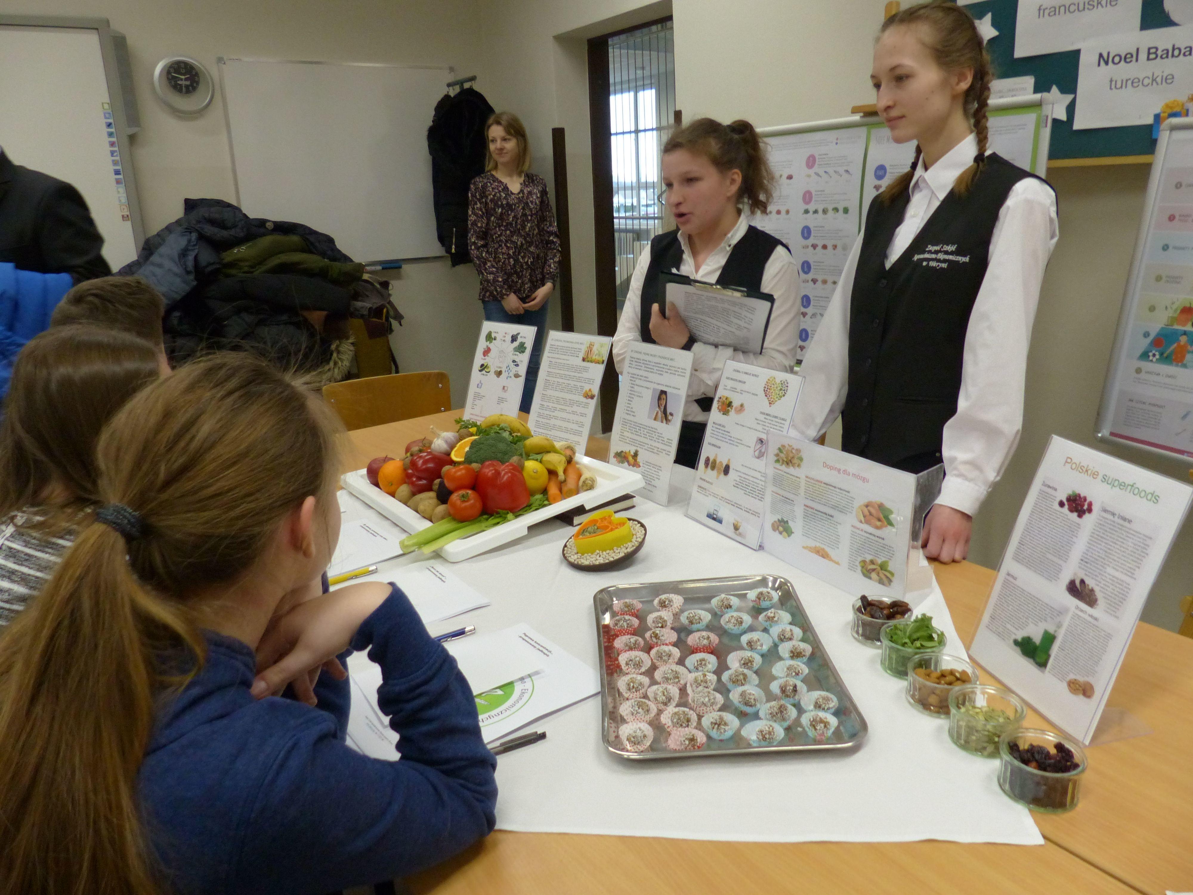 Uczniowie podstawówek z wizytą u starszych kolegów [FOTO] - Zdjęcie główne