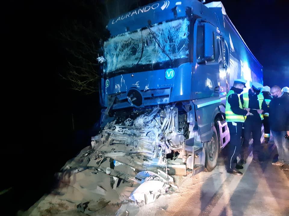 Podkarpacie. Zderzenie dwóch ciężarówek [FOTO] - Zdjęcie główne