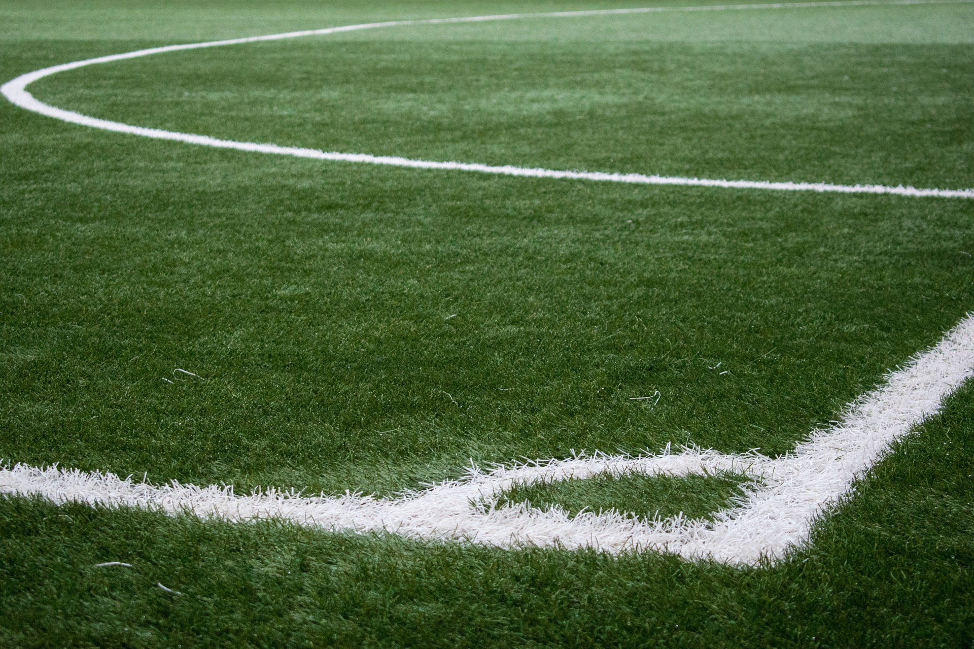 Szarpanina i wyzwiska na stadionie w Hadykówce. Interweniowała policja  - Zdjęcie główne
