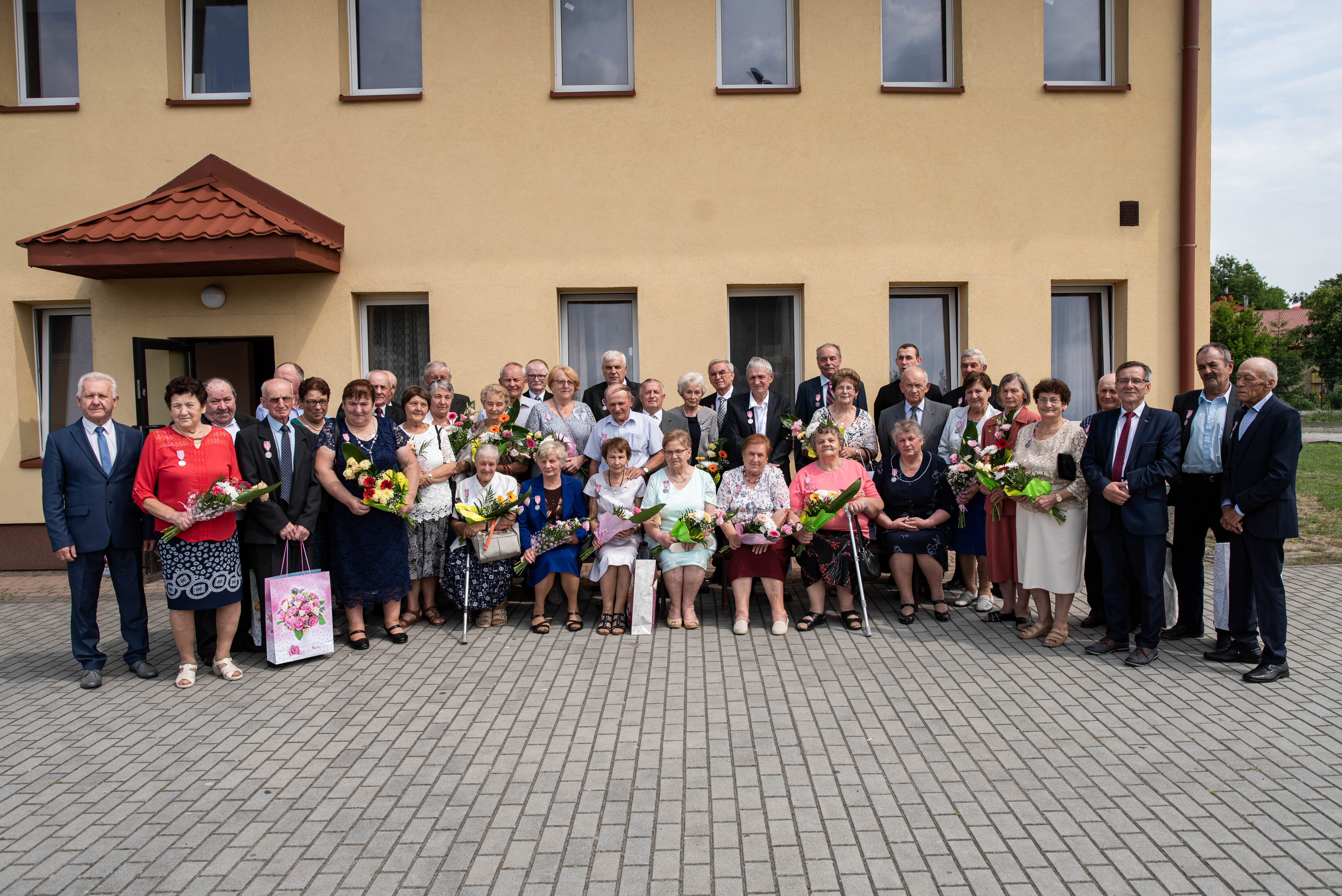22 pary z gminy Raniżów obchodziły w tym roku złoty jubileusz pożycia małżeńskiego - Zdjęcie główne