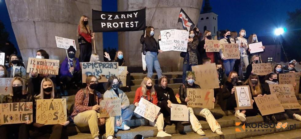 Strajk Kobiet. Będą ścigać organizatorów w całej Polsce? - Zdjęcie główne