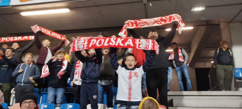 Podkarpacie: Piłkarskie święto w Rzeszowie. Sprawdź kto z naszego regionu wspierał Biało-Czerwonych - Zdjęcie główne
