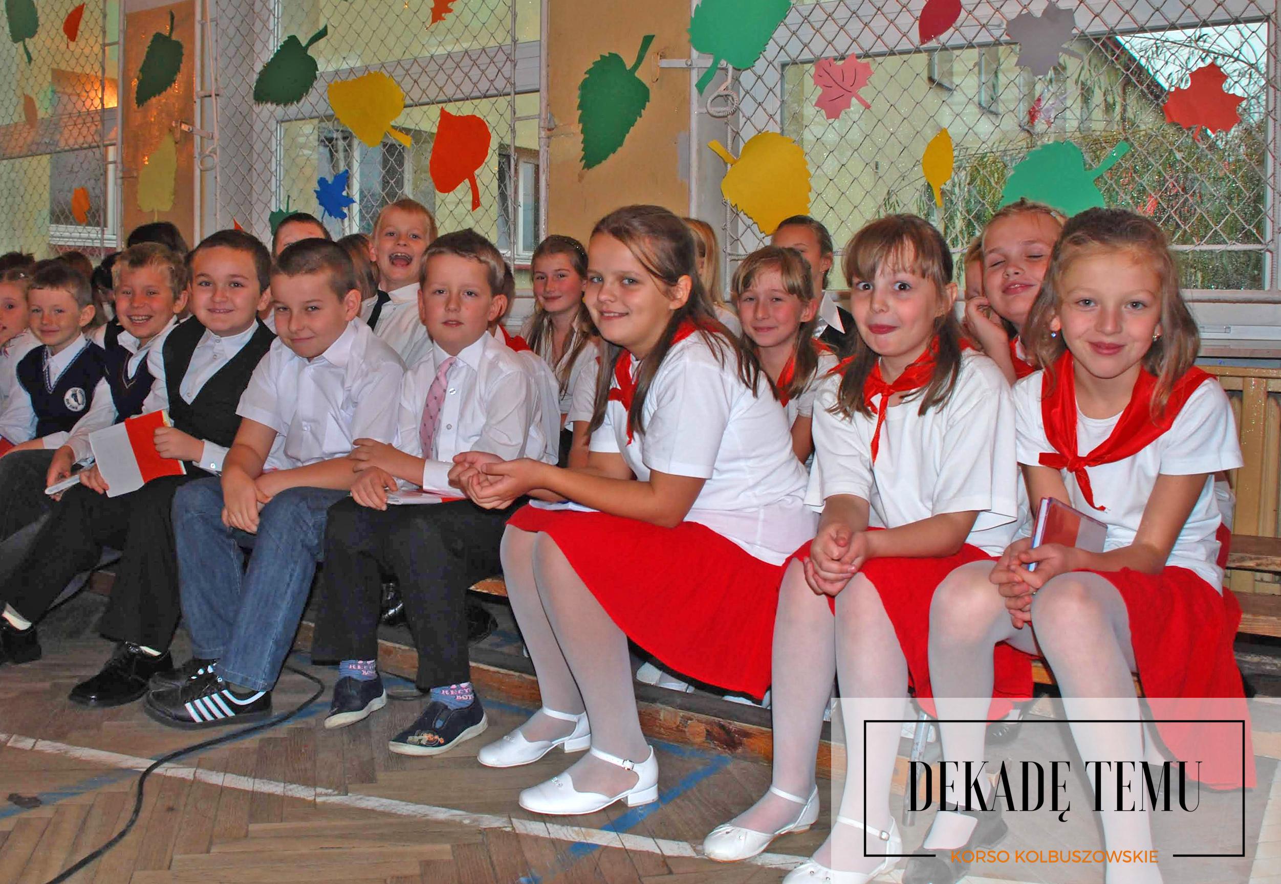 DEKADĘ TEMU. Listopadowe obchody w Majdanie Królewskim  ZDJĘCIA  - Zdjęcie główne
