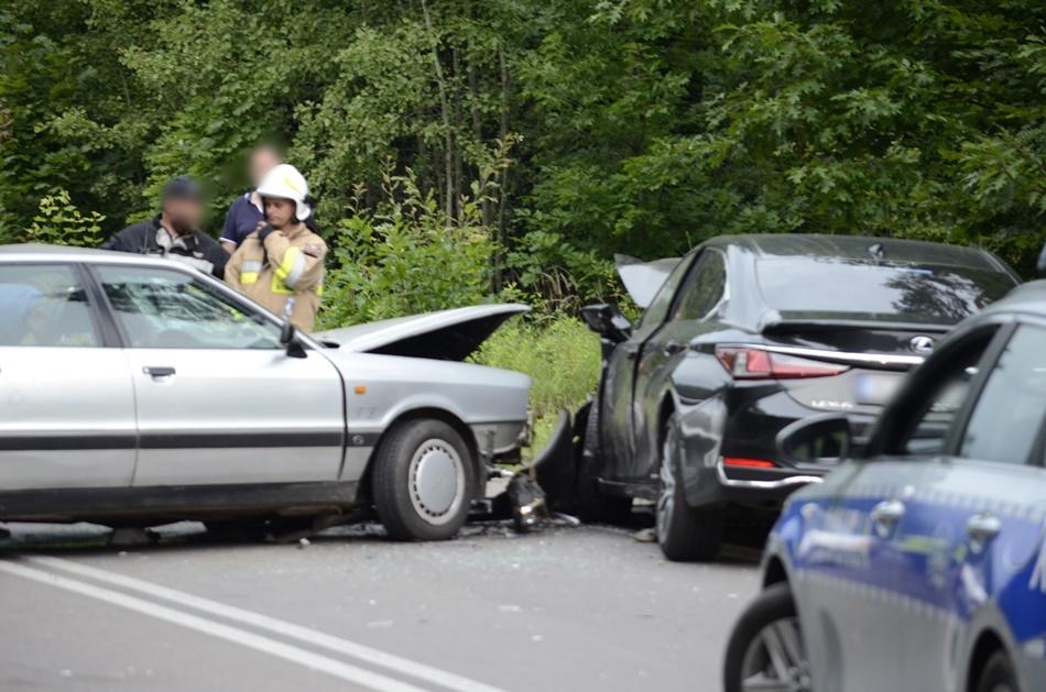 Śmiertelny wypadek na drodze numer 875 w Świerczowie [ZDJĘCIA] - Zdjęcie główne