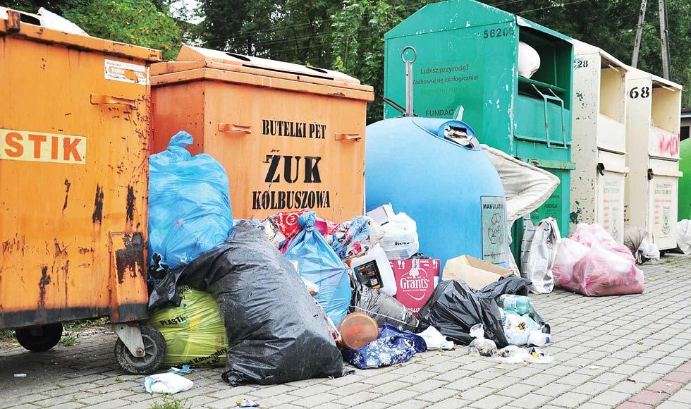 Gmina Kolbuszowa. Gdzie się podziały pojemniki na szkło, papier i plastiki? - Zdjęcie główne