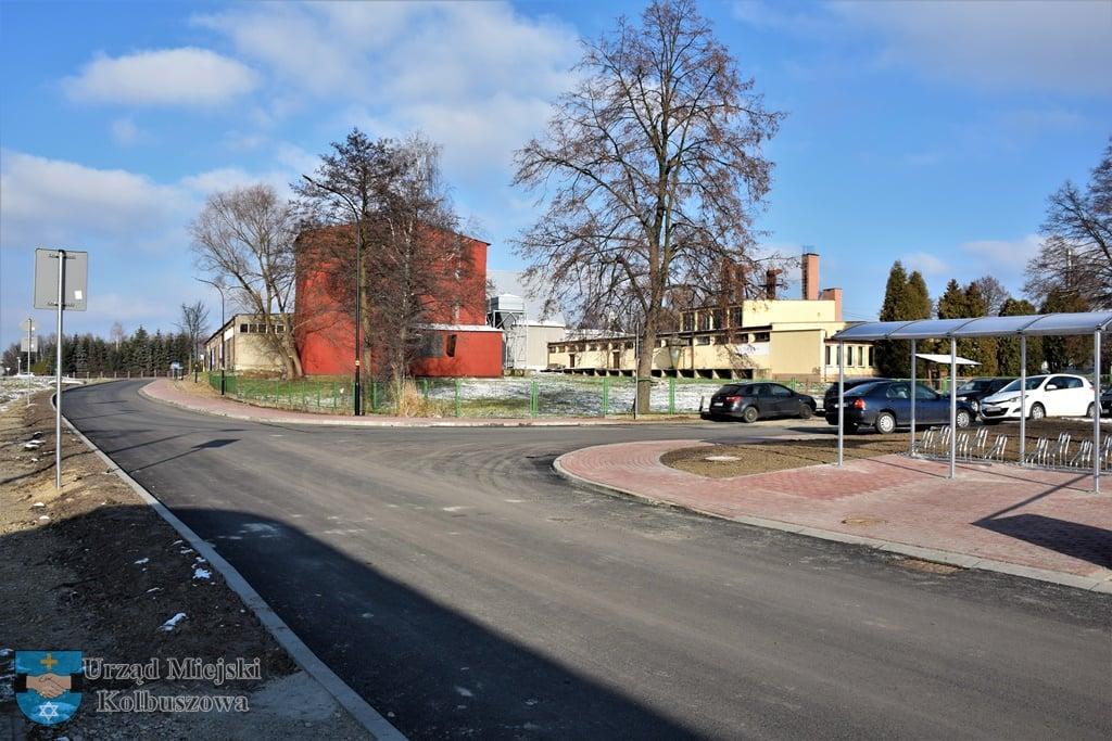 Kolejna ulica wyremontowana. Pojawił się nie tylko asfalt [FOTO] - Zdjęcie główne