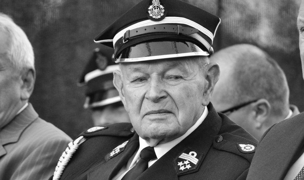 Zmarł dh Stanisław Kosiorowski. Był założycielem OSP Nowa Wieś - Zdjęcie główne