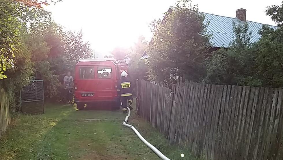 GMINA CMOLAS. Dom zapalił się od uderzenia pioruna  - Zdjęcie główne
