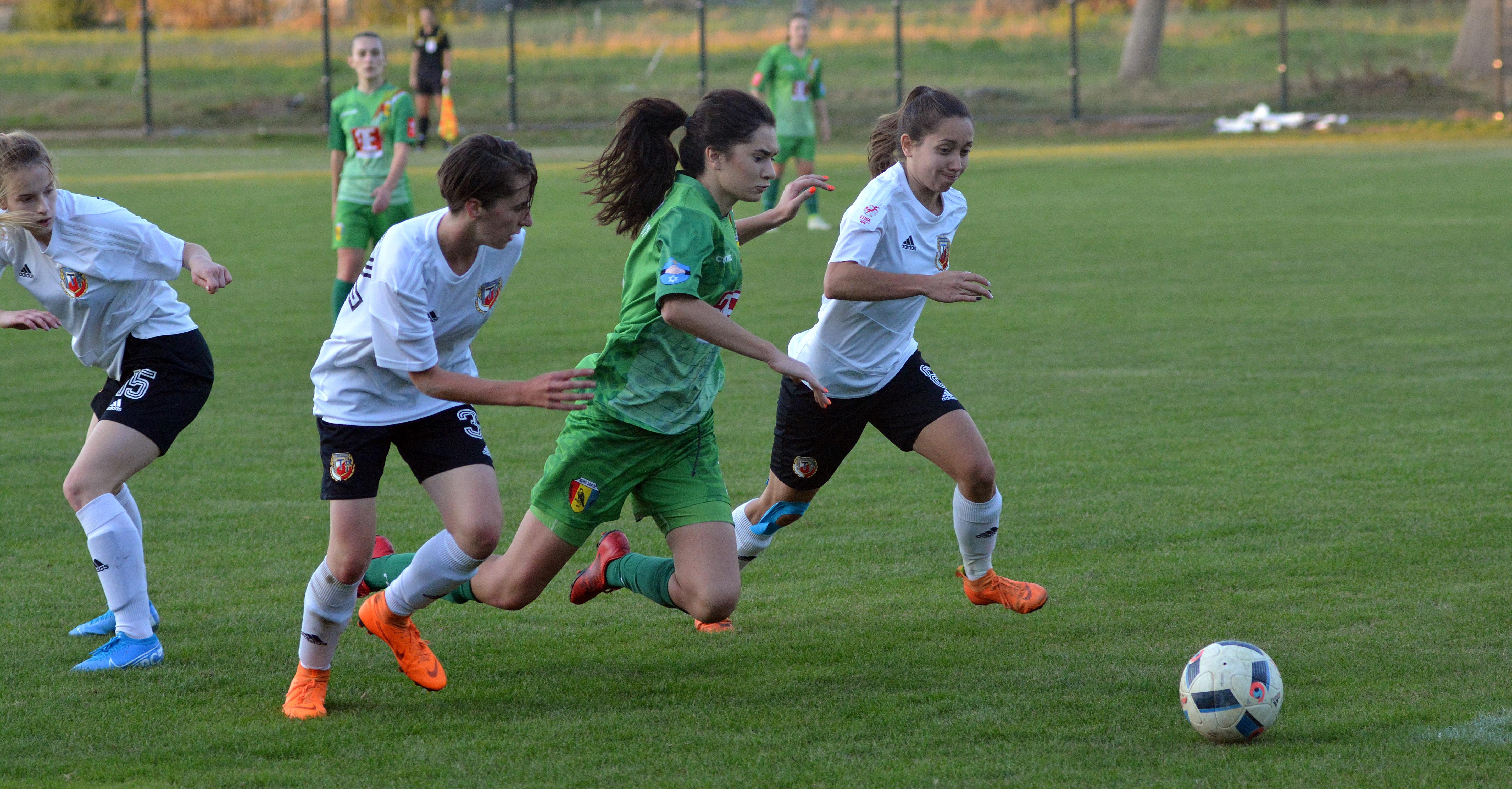 Piłkarki Sokoła Kolbuszowa Dolna przegrały czwarty raz w tym sezonie - Zdjęcie główne