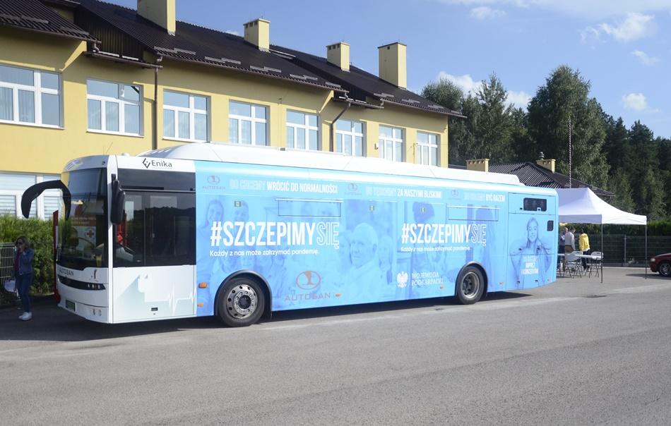 Powiat kolbuszowski. W szczepionkobusie zaszczepiło się ponad 300 osób  - Zdjęcie główne