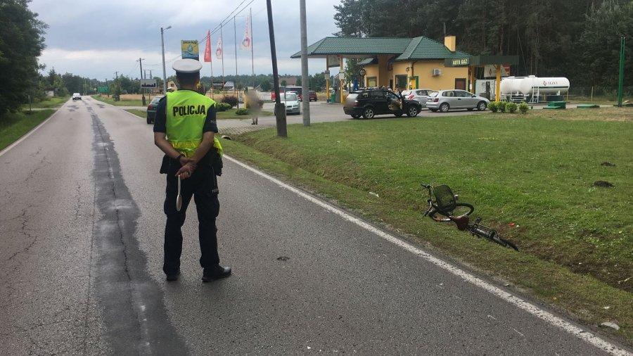 Wypadek w Przedborzu. Kierowca audi potrącił rowerzystkę  - Zdjęcie główne