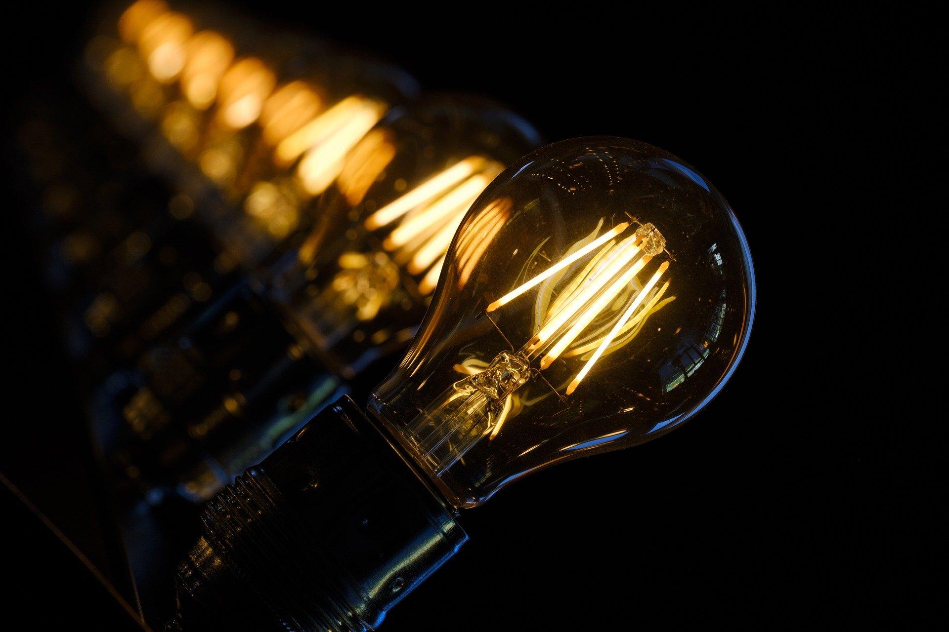 Wilcza Wola z nowym oświetleniem - Zdjęcie główne