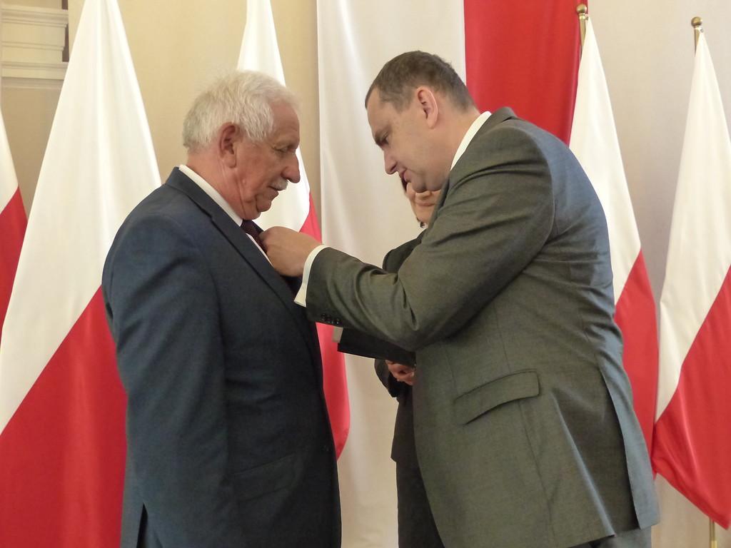 Starosta kolbuszowski odznaczony medalem  - Zdjęcie główne