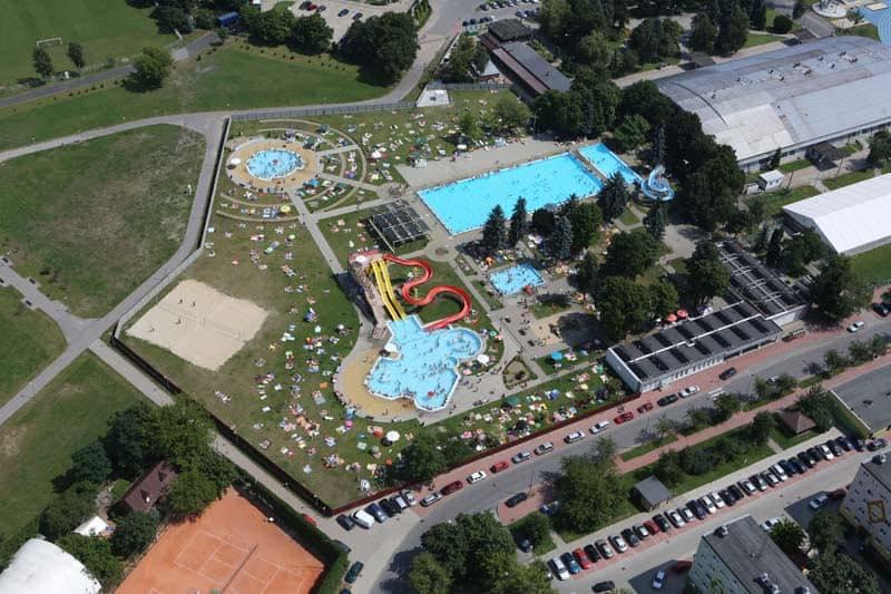 Z regionu. Letni basen w Mielcu już otwarty  - Zdjęcie główne