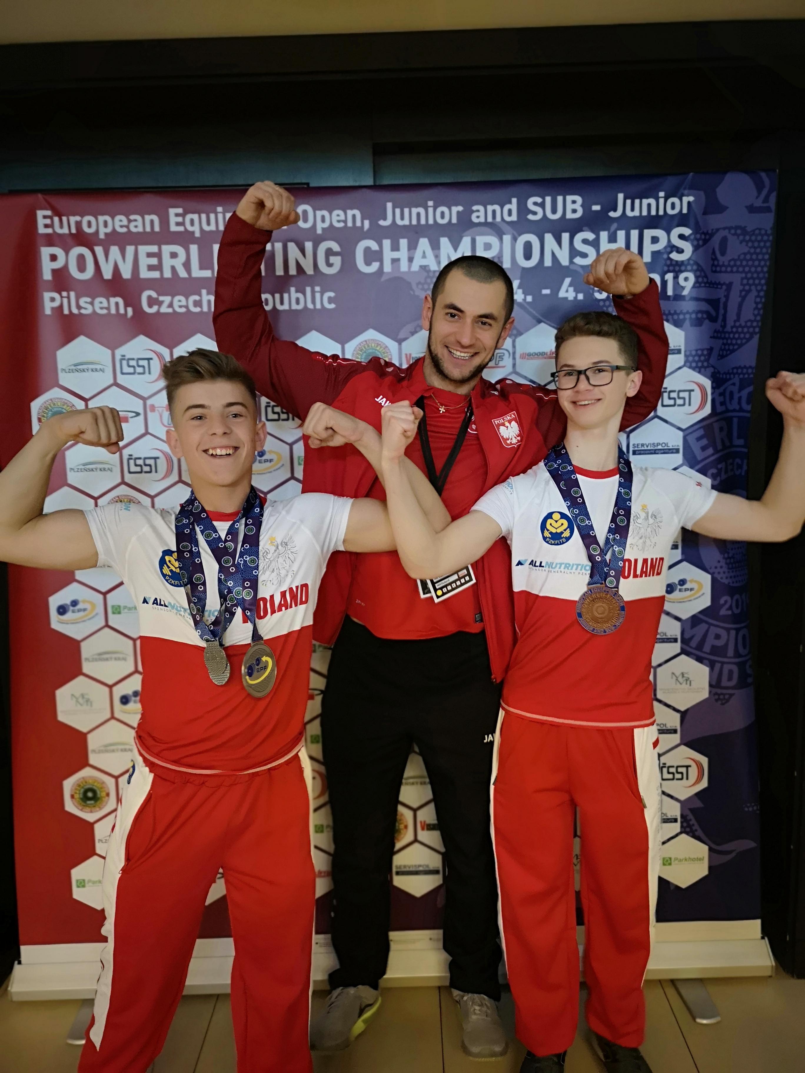 Wychowankowie kolbuszowskiego Studia Mocy wywalczyli pierwsze medale w mistrzostwach Europy [ZDJĘCIA] - Zdjęcie główne