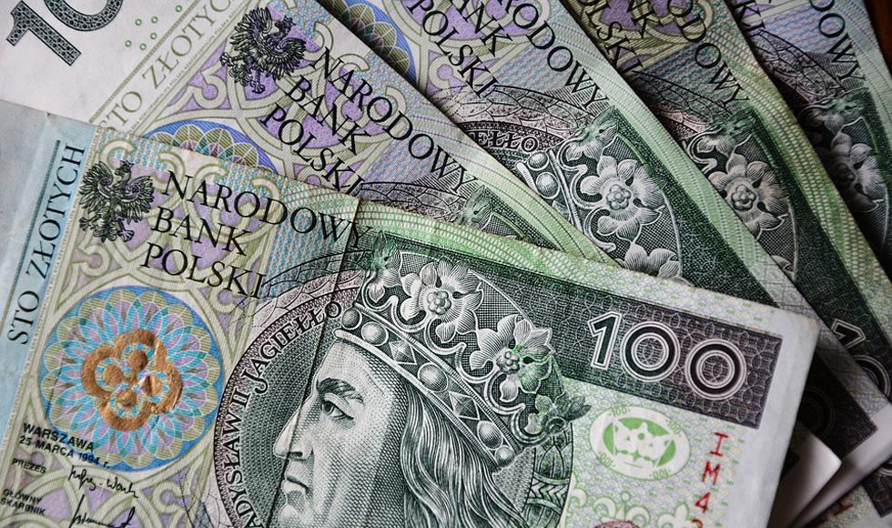 POWIAT KOLBUSZOWSKI. Są pieniądze na wymianę pieców centralnego ogrzewania, okien, drzwi i ocieplenie domów  - Zdjęcie główne